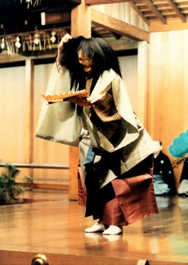 アーツカウンシル東京                                                                                                                                          アーツカウンシル東京の事業                                芸術文化支援事業                      「W.B.イエーツを魅了した能の演目から」ニューヨーク公演                      事業概要                      プロフィール